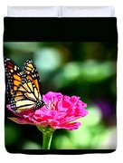 Monarch Butterfly On Pink Flower Duvet Cover