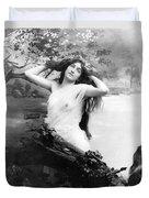Nude Model, 1903 Duvet Cover