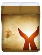 Raised Hands Catching Sun On Sunset Sky. Concept Of Spirituality, Wellbeing, Positive Energy Duvet Cover