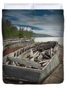 Shipwreck At Neys Provincial Park Duvet Cover