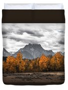 Teton Fall - Modern View Of Mt Moran In Grand Tetons Duvet Cover