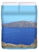 The Beautiful Caldera In Santorini, Greece With The Aegean Sea Duvet Cover