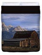 The Molton Barn Duvet Cover