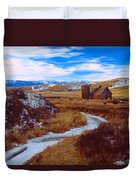 Willow Creek Barn Duvet Cover