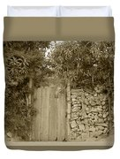 Wood Gate In A Wall Of Stones Duvet Cover