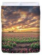 180 Degree View Of Sunrise Over Tulip Field Duvet Cover