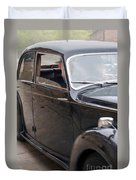 1940s Couple Driving In A Vintage Car Duvet Cover