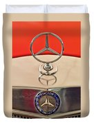 1957 Mercedes-benz 220 S Hood Ornament Duvet Cover
