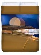 1957 Pontiac Bonneville Hood Ornament - Fender Spear Duvet Cover