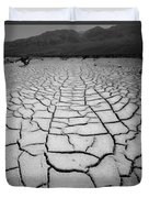 1a6832 Bw Mud Cracks In Death Valley Duvet Cover