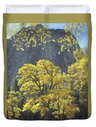 1m6610 Middle Cathedral Rock In Autumn Duvet Cover