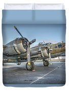 B17 Flying Fortress On The Ramp At Livermore Duvet Cover