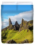 Old Man Of Storr, Isle Of Skye, Scotland Duvet Cover