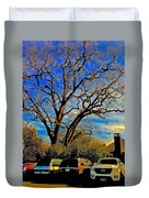 365 012716 Ancient Valley Oak And Parking Duvet Cover