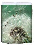Dandelion Seeds On Flower Head Duvet Cover
