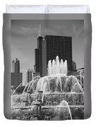 Chicago Skyline And Buckingham Fountain Duvet Cover