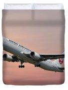 Japan Airlines Boeing 767-346 Duvet Cover