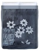 A Lovely Bouquet Of Daisies Duvet Cover