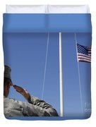 A Soldier Salutes The American Flag Duvet Cover