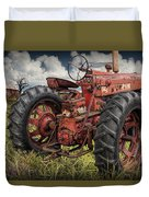 Abandoned Old Farmall Tractor In A Grassy Field Duvet Cover