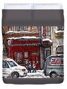 Dunn's Famous Deli Downtown Montreal Scenes De Rue Montreal Centre Ville En Hiver Joueur De Hockey Duvet Cover