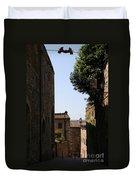 Alleyway In San Gimignano Duvet Cover