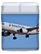 American Airlines Plane Preparing To Land At The Bwi Airport Duvet Cover