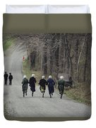 Amish People Visiting Middle Creek Duvet Cover