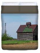 An Old Illinois Barn Duvet Cover