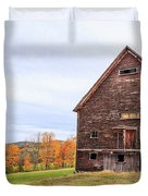 An Old Wooden Barn In Vermont. Duvet Cover