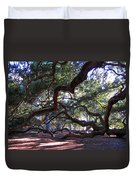 Angel Oak Side View Duvet Cover