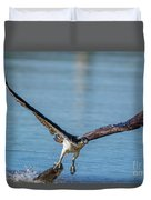Animal - Bird - Osprey Catching A Fish Duvet Cover