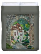 Arch Of Saint-cirq-lapopie Duvet Cover
