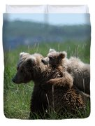 Grizzly  Mother And A Cub In Katmai National Park Duvet Cover
