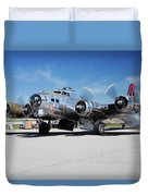 B-17 Flying Fortress, Yankee Lady Duvet Cover