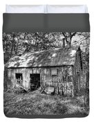 Barn In The Ozarks B Duvet Cover