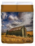 Barn Solitude Duvet Cover