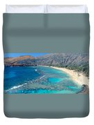 Beach And Haunama Bay, Oahu, Hawaii Duvet Cover