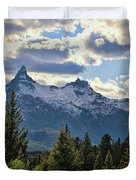 Beartooth Mountains In Spring Duvet Cover
