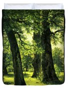 Beautiful Oak Trees Reach To The Skies Duvet Cover