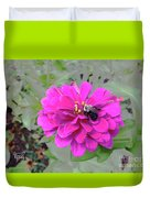 Bee Feeding From Pink Zinnia Duvet Cover