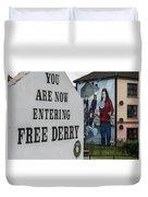 Belfast Mural - Free Derry - Ireland Duvet Cover