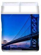 Ben Franklin Bridge At Sunset Duvet Cover