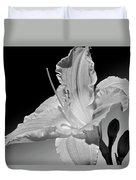 Black And White Daylily Duvet Cover