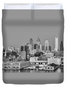 Black And White Philadelphia - Delaware River Duvet Cover