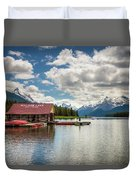 Boat House And Canoes On A Jetty At Maligne Lake In Canada Duvet Cover