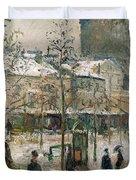 Boulevard De Rocheouart In Snow Duvet Cover