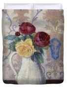 Bouquet De Roses Dans Un Vase 1885 Duvet Cover
