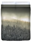 Breaking Through The Darkness Duvet Cover