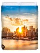 Brooklyn Bridge And The Lower Manhattan Skyline At Sunset Duvet Cover